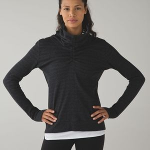 Lululemon in a cinch pullover *REVERSABLE*